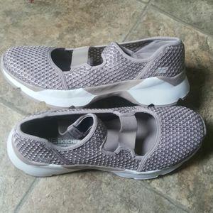 New Skechers  GoGa Max women's comfort shoes